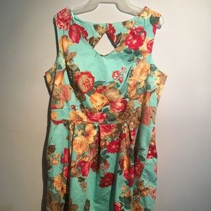 Tiana B Dresses - Floral plus size dress
